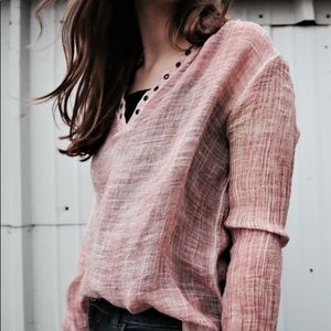 Pink Gilded Intent blouse size medium